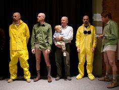 Breaking Bad y su concurso de dobles de Walter White en http://monkeyzen.com