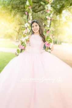 Quince Dresses, 15 Dresses, Flower Girl Dresses, Quinceanera Dresses Maroon, Wedding Dresses, Quinceanera Planning, Quinceanera Ideas, Quince Pictures, Book 15 Anos