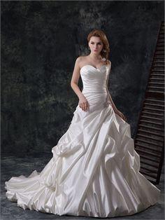 Modern a-line straps sweetheart champagne taffeta Fall 2013 Wedding Dresses WDMB0021