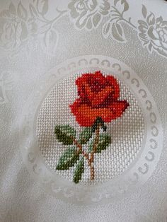 This post was discovered by Gü Cross Stitch Borders, Cross Stitch Alphabet, Cross Stitch Flowers, Cross Stitching, Cross Stitch Embroidery, Cross Stitch Patterns, Hand Embroidery Flowers, Embroidery Patterns, Palestinian Embroidery
