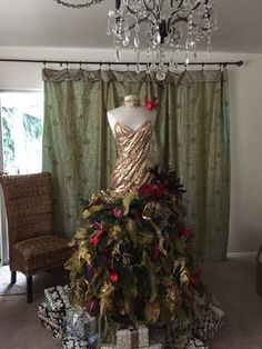 Christmas tree gown by Renee Pawele Bride