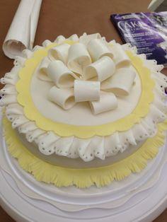 Wilton course 3 - my final cake