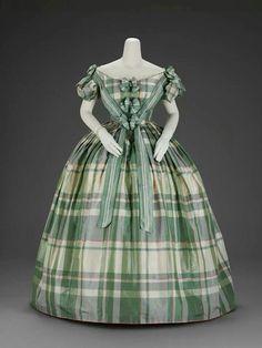 1859-1860 women's four piece evening wear. Museum of Fine Arts, Boston.