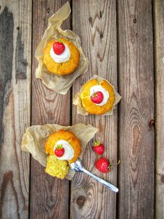 PiparkakkuAkan kyökki: Vaniljaiset tuorejuustomuffinssit ja keittiön tuun...