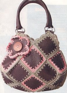 Leather and crochet bag, pattern is available. Follow the link given. French(?) Language