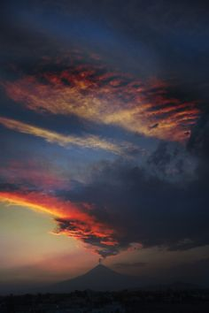 Beautiful Sunset   at   Popocatepetl Volcano in Mexico by...