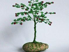 Stromeček štěstí- Panenská jablíčka Origami, Herbs, Plants, Origami Paper, Herb, Plant, Origami Art, Planets, Medicinal Plants