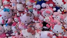 Make your very own Hello Kitty plush wall! This is a super fun project to do and very affordable!🥰 ❤️Welcome to Hello Kitty Wonderland! Hello Kitty Plush, Sanrio Hello Kitty, Ap Art, Swagg, Wall Collage, Plushies, Fun Projects, Skulls, Birthday Ideas