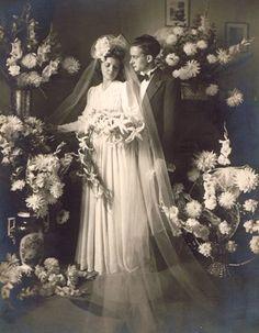 Hochzeitsbild um 1935  Wedding photo 1935