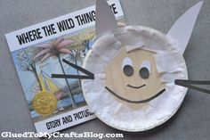 Today I present to you my simple and inexpensive Paper Plate Max Kid Craft tutorial that goes along PERFECTLY with the book, Where The Wild Things Are Easy Preschool Crafts, Preschool Books, Classroom Crafts, Toddler Crafts, Kid Crafts, Preschool Projects, Preschool Literacy, Classroom Ideas, Diy Projects
