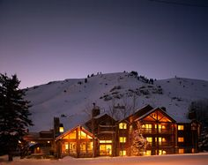 The Rusty Parrot Lodge stands out among hotels in Jackson WY for quality and comfort. Our Jackson Hole hotel offers luxury amenities and more. Reserve your lodging in Jackson WY here. Romantic Winter Getaways, Romantic Travel, Most Romantic, Winter Destinations, Romantic Destinations, Honeymoon Destinations, Honeymoon Ideas, Jackson Hole Hotels, Jackson Hole Wy