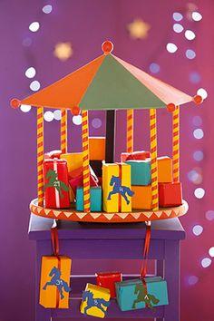 Ein origineller Adventskalender der sogar bis Silvester Geschenke liefert? Welches Kind freut sich darüber nicht? Wir zeigen, wie Sie den Adventskalender basteln. © Christophorus Verlag