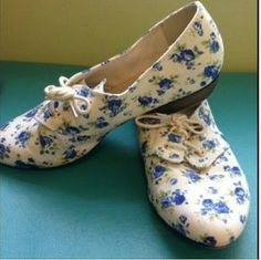 Cute Floral print loafers White loafers with blue and green floral print. These have never been worn. Women's size 9.5. NWOT Restricted Shoes Flats & Loafers