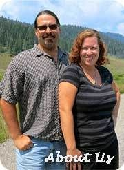 Chris and Cherie are the Technomads, traveling the U.S. in a covered 1962 diesel bus.