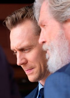 Tom Hiddleston and Jeff Bridges attend the star unveiling ceremony for actor John Goodman on the Hollywood Walk of Fame on March 10, 2017, in Hollywood. Via Torrilla. Higher resolution image: http://ww4.sinaimg.cn/large/6e14d388gy1fdimnf6nurj22s026z4qp.jpg