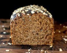 Hafer-Walnuss-Mohn-Brot