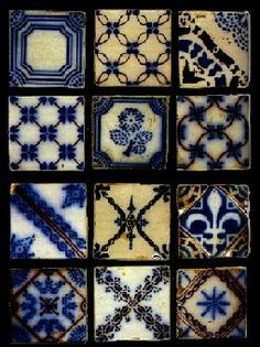 Patterned tiles - love the mix of shades and patterns Tile Art, Mosaic Tiles, Tile Patterns, Textures Patterns, Art Ancien, Tuile, Blue Tiles, Style Tile, Home And Deco