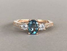 This listing is for an Oval Cut Natural London Blue Topaz Simulated Diamond Stone 925 Sterling Silver Rose Gold Ring *********product Description********* This beautiful Natural London Blue Topaz…MoreMore Promise Rings Avoir plus d'informations sur notre site https://storelatina.com/ #ښکیلتیا #mhiko #ចិញ្ចៀនភ្ជាប់ពាក្យ #Sib