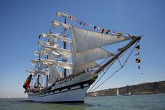 Lisbon leg of the Tall Ships race 2016: Venezuela's ship Simon Bolivar was built in the Spanish shipyard of Astilleros Celaya in Bilbao and is the sister ship of the Cuauhtémoc.