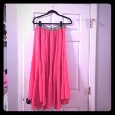 Anthropologie coral maxi skirt Elastic waist- super light and breezy. Great with a white tank. Perfect condition. Anthropologie Skirts Maxi