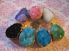 Druzzy  Drusy Druzy Charm Pendant, 23-40 mm, Electroplated Silver or Gold Edge wholesale  ap31.2 dd