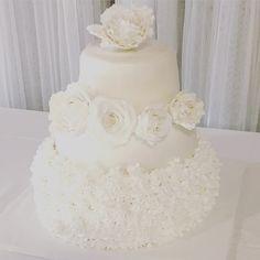 My wedding cake that I made myself for my wedding. 🍰