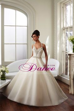 2015 Halter A Line Wedding Dresses With Beads Organza
