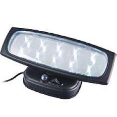 Electricité : Lampes / éclairage : Eclairage puissant. 5 heures d'autonomie à pleine charge. Livrée avec panneau solaire, équipée de 3 batterie 1.2 V type Ni-MH 600 mAh