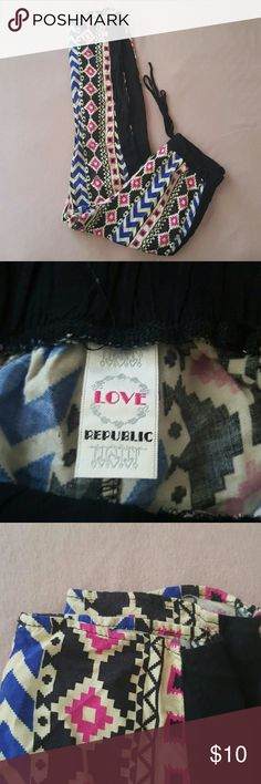 """""""ACCEPTING 1ST OFFER"""" PRINTED BOTTOMS Stretchy waist with tie No size fits like small love republic Pants Leggings"""