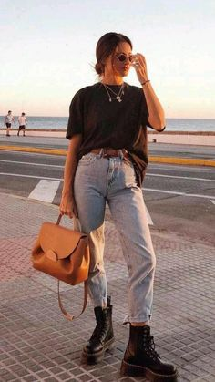 Basic Outfits, Mode Outfits, Retro Outfits, Cute Casual Outfits, Casual Chic, Casual Elegance, Black Outfits, Hijab Casual, Basic Ootd