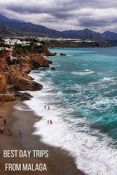 There are many things to love about Malaga, but possibly some of its biggest allures are the beautiful towns, beaches and history that surround it. From the picturesque white towns so typical of Southern Spain to the pristine southern Mediterranean beaches, if you are visiting the city it would be a crime not to take advantage and enjoy some of the best day trips from Malaga.