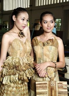 Recycled fashion using banana leaves.