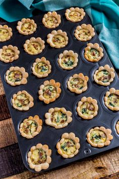 Make scrumptious MINI QUICHE APPETIZERS 5 ways with 1 simple recipe! Perfect horderves for parties, brunch, lunch and snacks.so delicious. Get the recipe for these party snacks right now! Potluck Recipes, Appetizer Recipes, Holiday Recipes, Mini Quiches, Thanksgiving Appetizers, Appetizers For Party, Christmas Appetizers, Thanksgiving Ideas, Gluten Free Puff Pastry