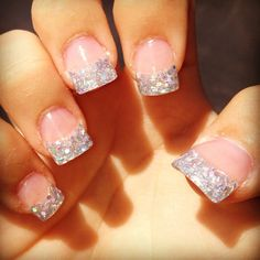 Sparkly french manicure tips! Perfect Nails, Gorgeous Nails, Love Nails, How To Do Nails, Pretty Nails, Sparkly French Manicure, Sparkly Nails, French Manicures, Barbie