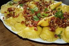 Polish Recipes, Polish Food, Hawaiian Pizza, Dumplings, Macaroni And Cheese, Pierogi, Menu, Dom, Cooking