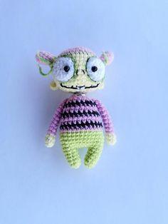 Halloween Zombie, Cute Zombie, Zombie Girl, Halloween Doll, Halloween Gifts, Zombie Monster, Monster Toys, Zombie Dolls, Creepy Dolls