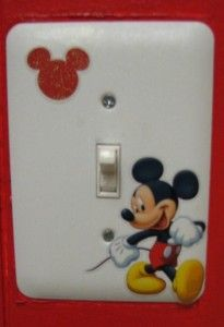 DIY Mickey Mouse Outlet Covers - too cute! Perfect for a kids bedroom or the Kitchen!