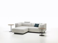 Soft Modular Sofa by Jasper Morrison for Vitra - Design Milk Fine Furniture, Sofa Furniture, Living Room Furniture, Furniture Design, Living Rooms, Interior Simple, Home Interior, Interior Design, Sofa Design