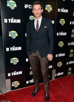 James Marsden looks dashingly handsome as he flies solo to LA premiere of The D Train... j