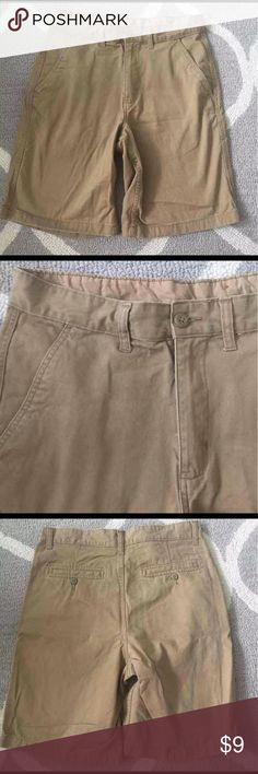 Faded glory 30 khaki shorts tan Faded glory shorts  Size 30 Faded Glory Shorts