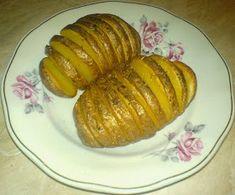 Retete Culinare Preparatedevis.ro: Cartofi copti Baked Potato, Potatoes, Baking, Ethnic Recipes, Food, Fine Dining, Potato, Bakken, Essen