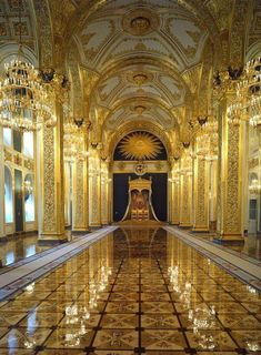 RUSSIA ~ Grand Kremlin Palace ~ Interior of the palace. Looks to be a grand throne hall. Russian Architecture, Beautiful Architecture, Art And Architecture, Beautiful Castles, Beautiful Buildings, Beautiful Places, Places Around The World, Around The Worlds, Kremlin Palace
