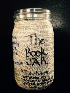 Book jar to help you choose a book from your own list 1.make a list of books 2. print them off  3.cut them out and put them in a jar, pick one and start reading #books #booklist #reading #diy #masonjar #projects