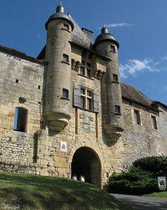 Le château d'Excideuil se situe en Périgord vert, au nord-est du département de la Dordogne,Midi-Pyrénées, France