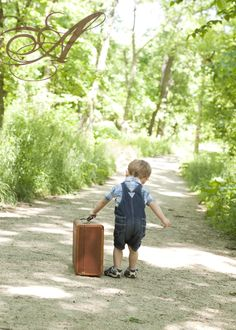 Love the idea of a vintage suitcase as a photo prop.