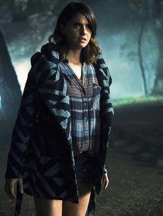 Shelley Hennig in Teen Wolf Teen Wolf Finale, Teen Wolf Malia, Teen Wolf Mtv, Teen Wolf Dylan, Malia Hale, Wolf Rider, Teen Wolf Fashion, Teen Wolf Scenes, Wolf Character