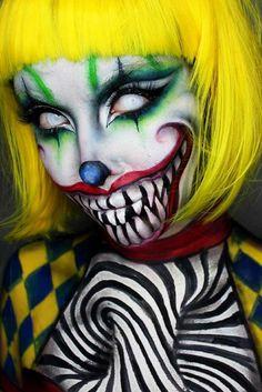 51 Creepy Makeup Make Up On Halloween This Year Amazing Halloween Makeup, Halloween Makeup Looks, Creepy Halloween, Scary Clown Costume, Halloween Costumes, Makeup Clown, Creepy Makeup, Makeup Art, Sfx Makeup
