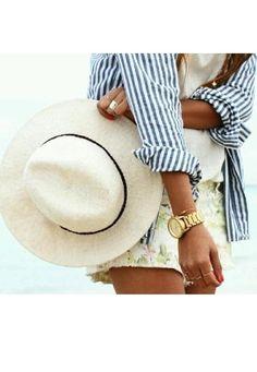 beach style, stripes and flowers Estilo Fashion, Fashion Mode, Look Fashion, Fashion Beauty, Ideias Fashion, Street Fashion, Looks Style, Style Me, Navy Style