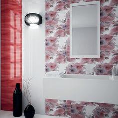 Dekorace rozjasní každou místnost a koupelnu obzvlášť. Nemusíte mít strach z kombinace bílá a červená, specialisté z Keramiky Soukup vám poradí na všech našich pobočkách po celé České republice. #keramikasoukup #koupelny Bathroom Lighting, Vogue, Pastel, Mirror, Red, Furniture, Home Decor, Bathroom Light Fittings, Bathroom Vanity Lighting