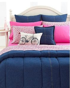 Divine denim for the dorm. Go back to school in this cool blue, denim comforter. Made of the softest 100% cotton cover with straight, vertical quilt stitching, this comforter will delight any bedroom. Reverses to sold navy cotton.